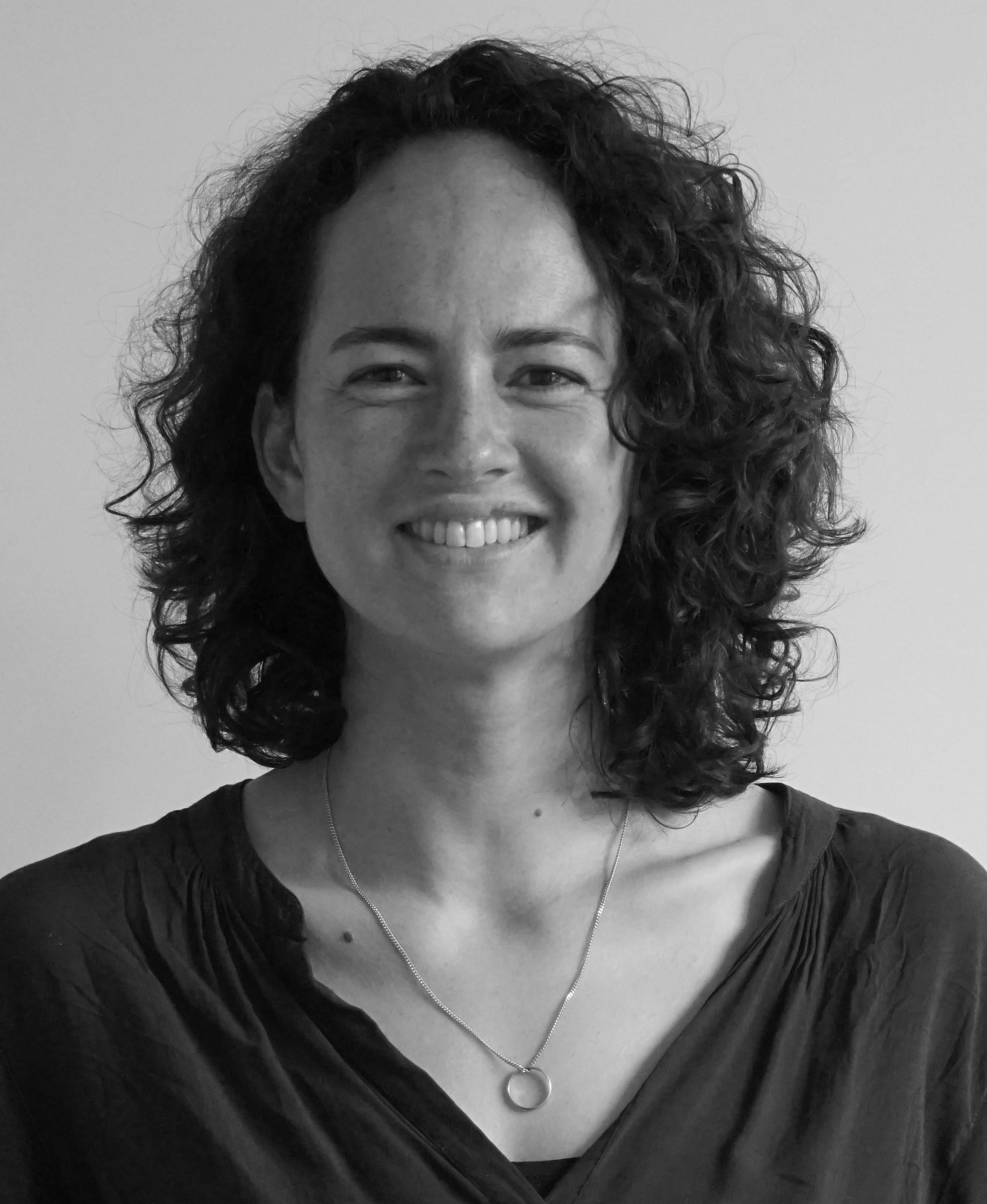 Dr Sabine Van Der Veer